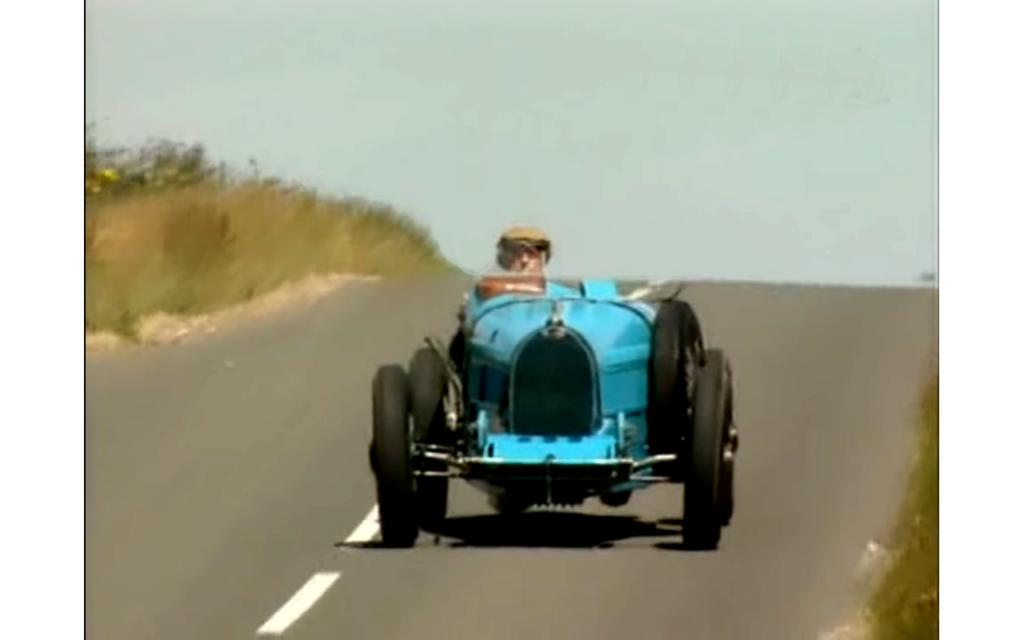 Grand Prix blue